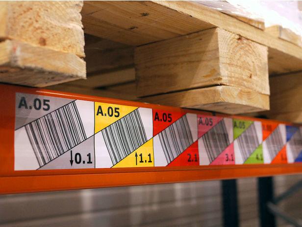 etykiety regałowe, oznakowanie magazynowe, etykiety na regał magnetyczne