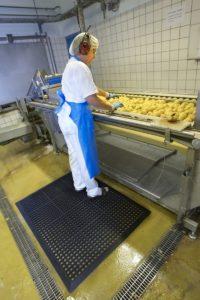 industry uzyta mata na stanowisku pracy