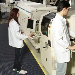 mata notrax 463 skywalker hd esd mata przemysłowa w zakładzie z maszynami CNC