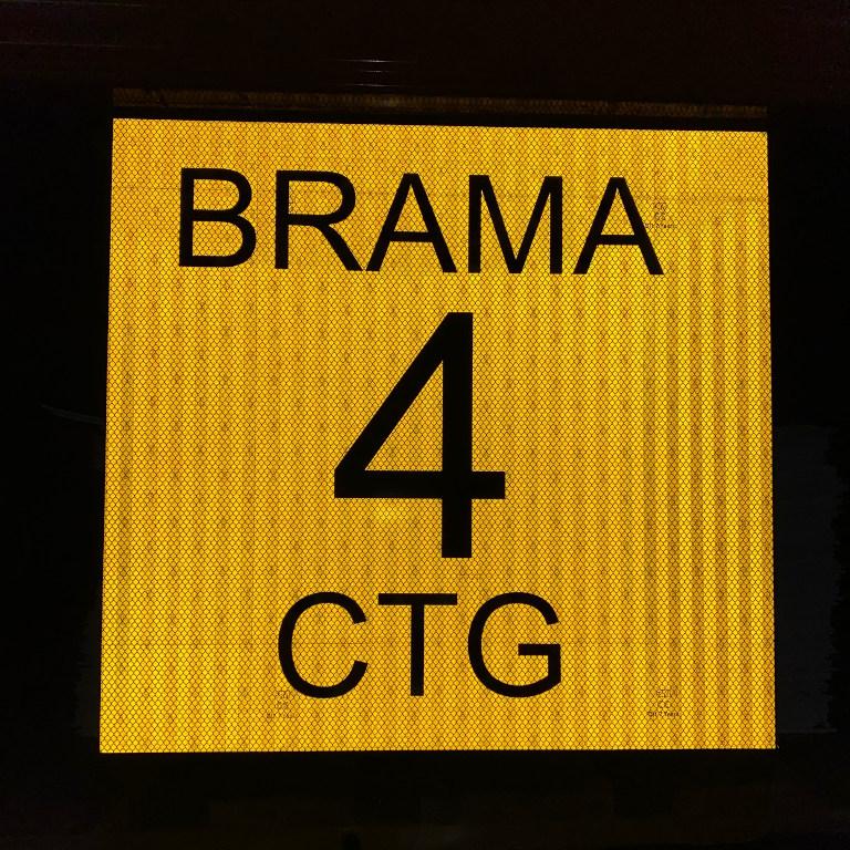 tabliczka-zewnetrzna-odblaskowa-znak-numeracja-bramy